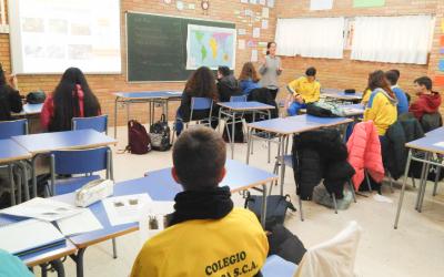 """El Taller """"El Viaje del cacao"""" acerca a los colegios la realidad de nuestro sistema comercial"""