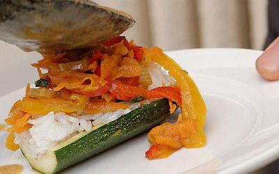 Calabacines rellenos con verduras al estilo tailandés